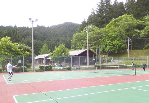 Hirose3054tennis1