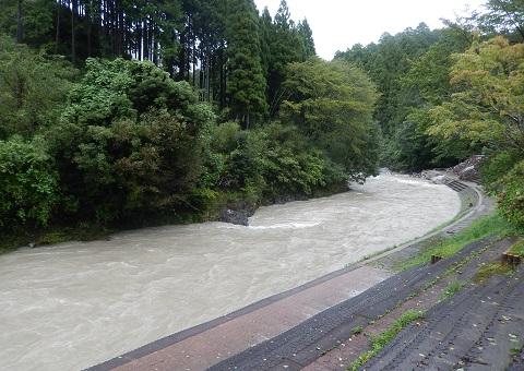 Taifuzousui3094yugata